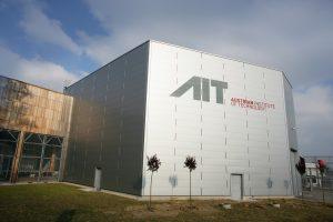 AIT Austrian Institute of Technology GmbH, Austria. Standort TECHbase Vienna. Branding, Wegweiser kw: Logos, Giefinggasse